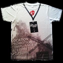 oversized print on uniform, front