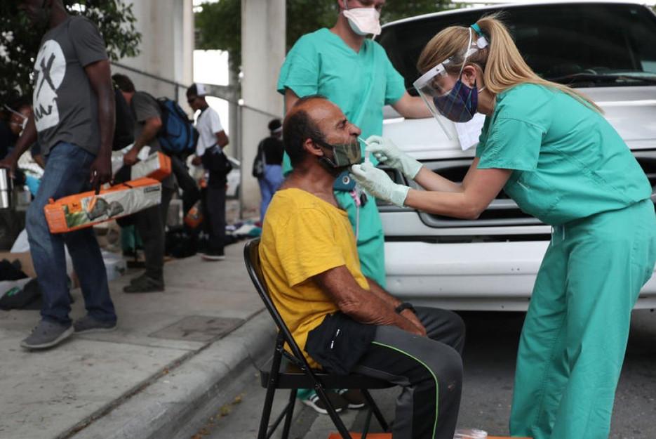 04172020-Miami-Dade-Homeless-COVID-Testing.jpg
