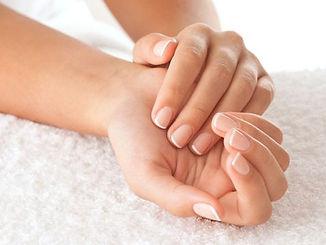 00-manicure-ts-134112600-1440688138.jpg