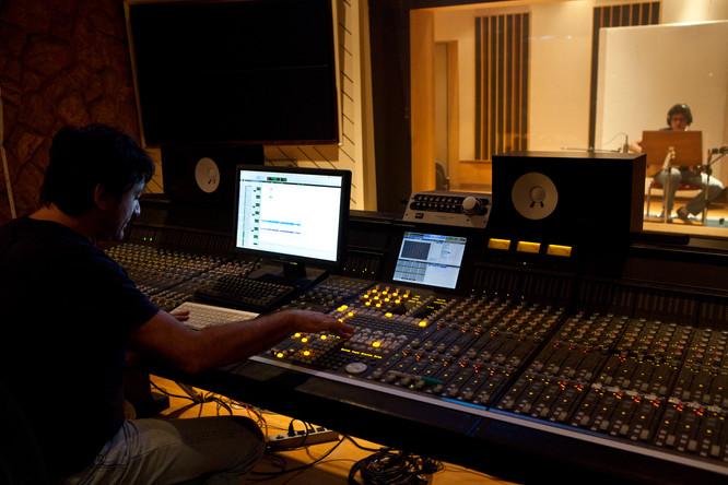 at CiaTec, recording André Siqueira for Luiza Borges_Romanceiro