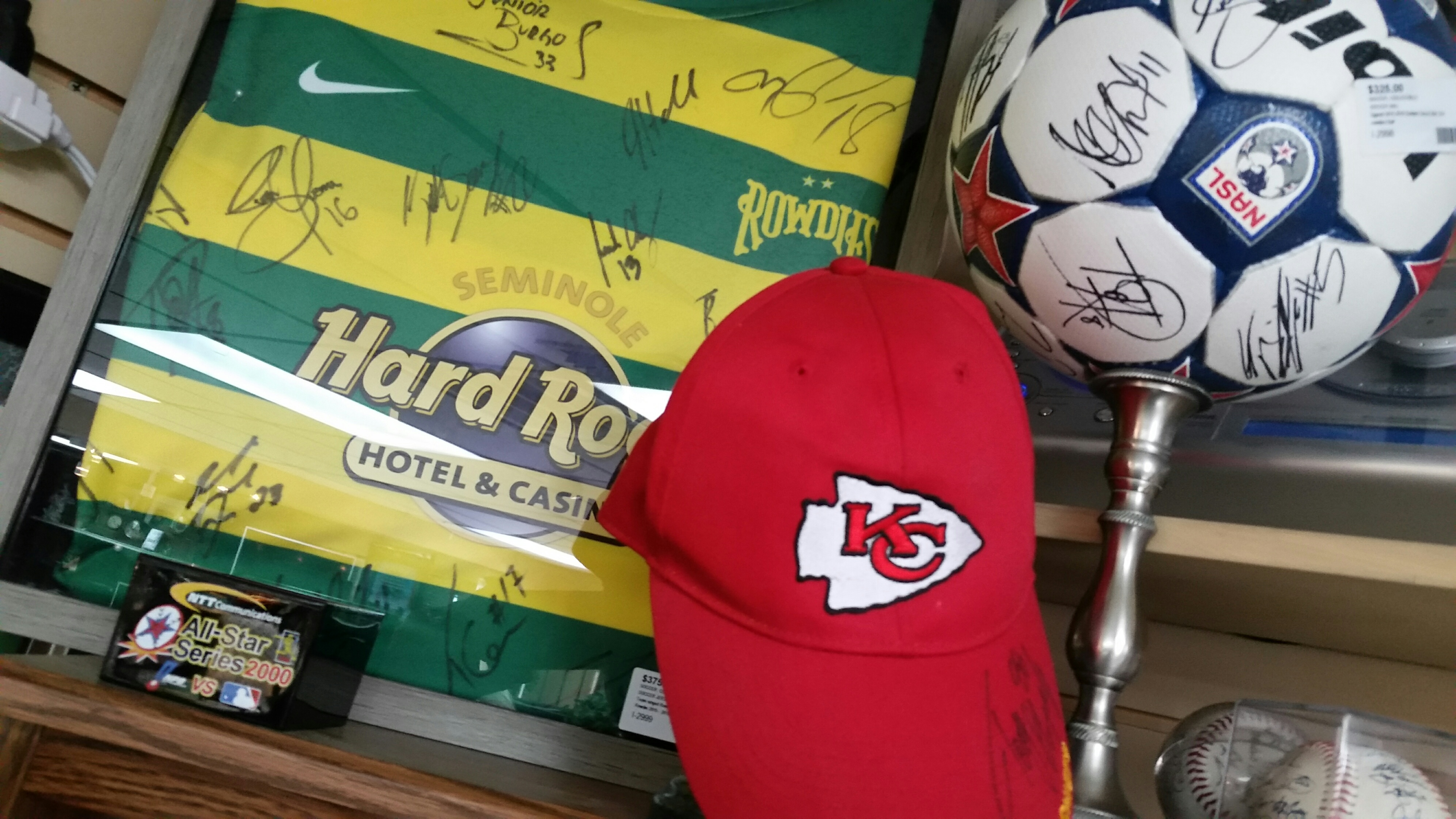 Sports Memorabilia_Hard Rock