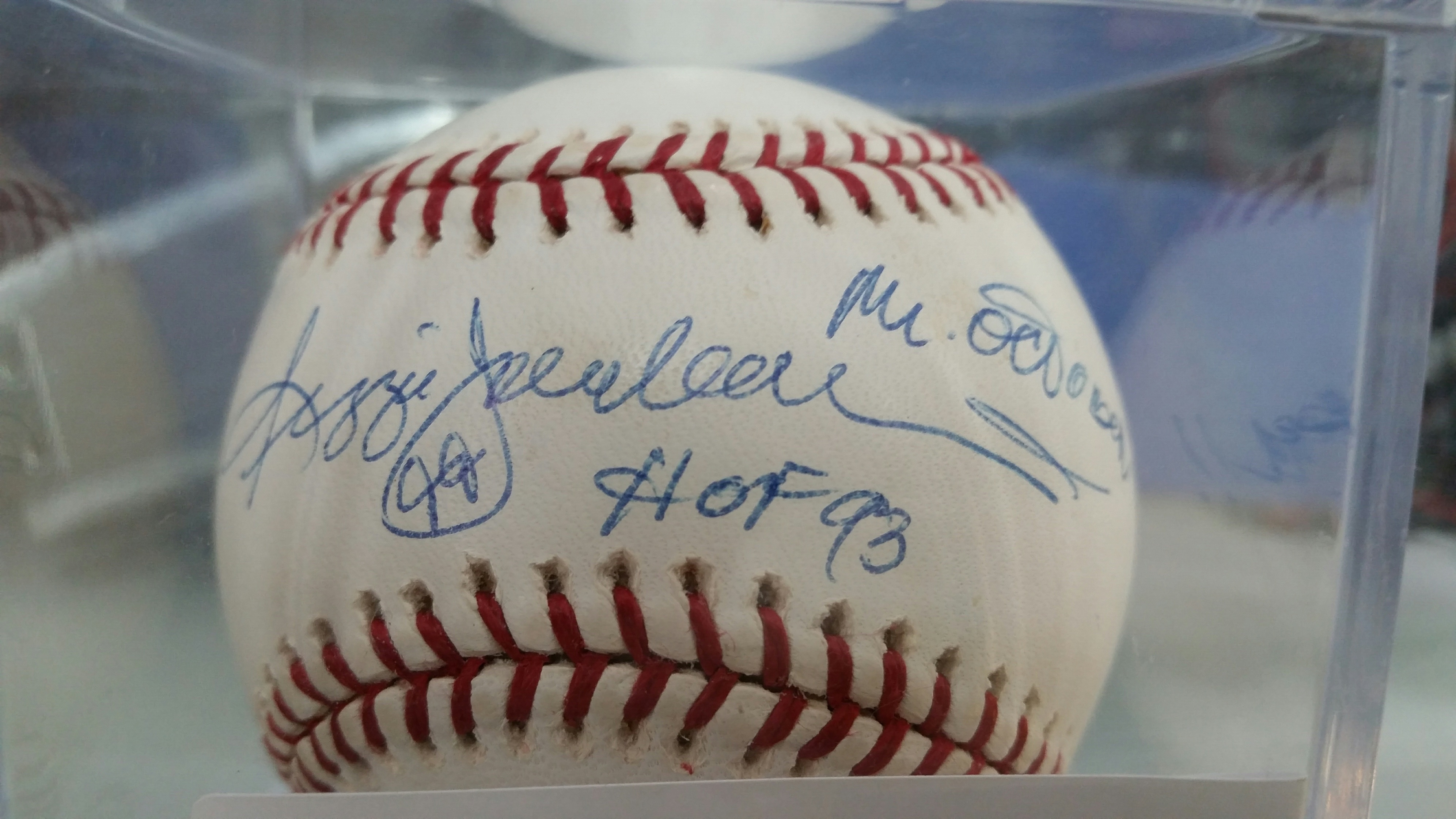 Signed Baseball-Reggie Jackson3