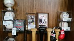 Sports Memorabilia_Baseball Cards