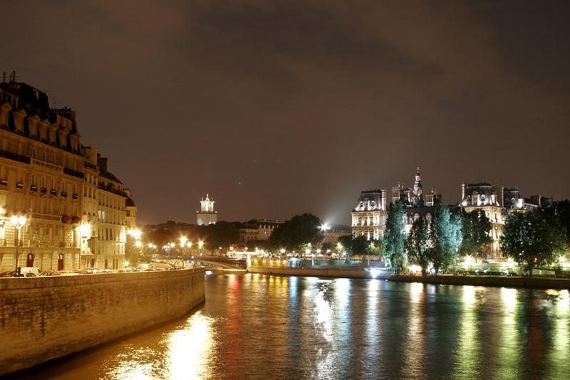 PARIS 02