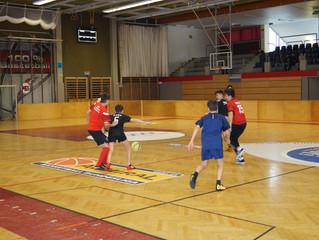 Fussball und Völkerballturnier