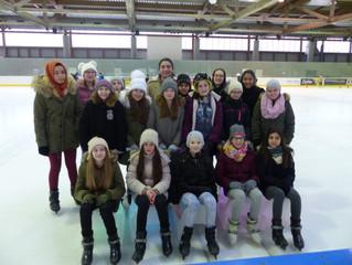 Eislaufen der 1.Klassen