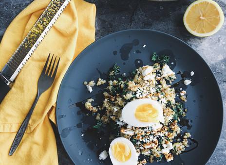 Poêlée de quinoa, kale, fêta et citron