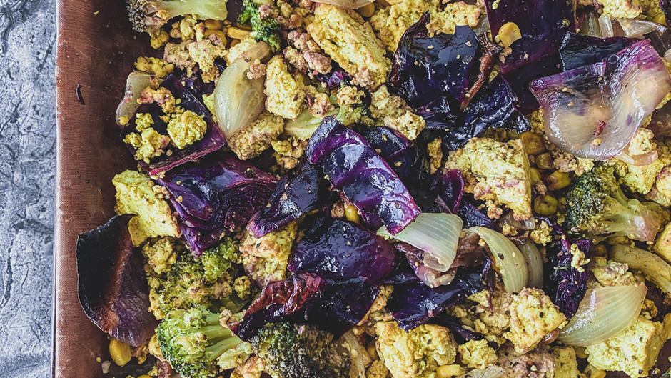 Salade d'orzo citronnée aux légumes grillés