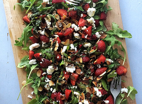 Salade de roquette et fraises