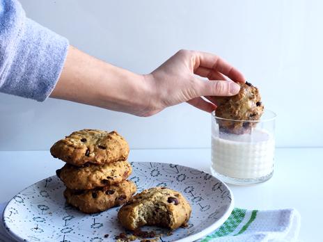 Biscuits EXTRA-moelleux choco/amandes, sans sucre ajouté.
