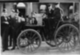Thomson and Holmes leaving Bathurst 1900