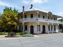 Historic hotel at Avenel