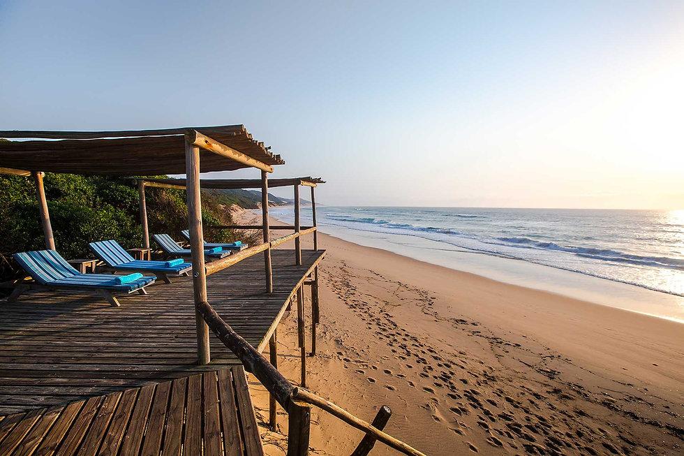 Thonga Beach Lodge Loungers on Beach Dec