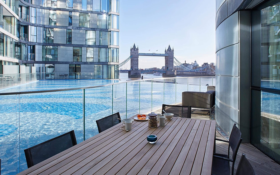 cheval-three-quays-deluxe-2-bed-suite-fl