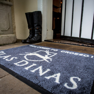 Welcome to Plas Dinas Country House