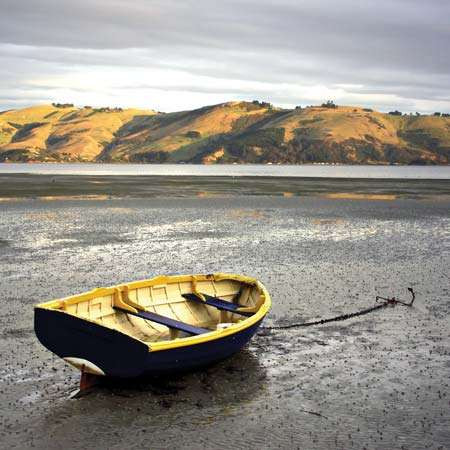 boat_grounded