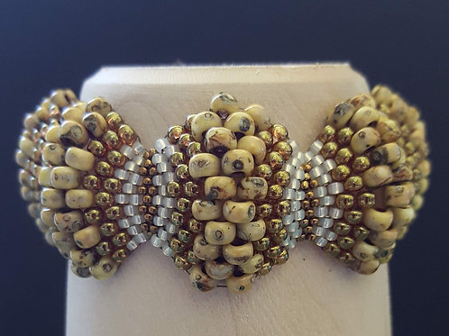 Yellow Picasso Scallop Bracelet