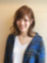 お店スタッフの顔写真(女性)