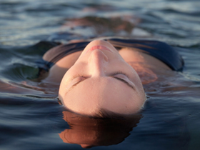 What is Floating? What are the Benefits of Sensory Deprivation?
