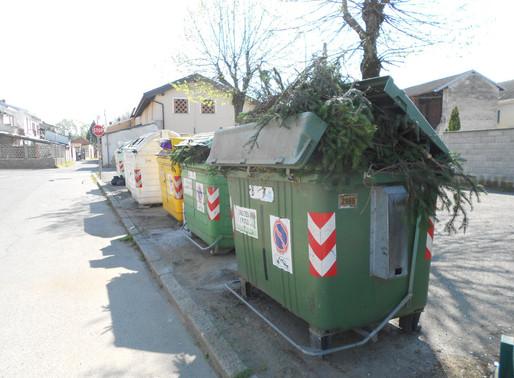 Parona, cambia ancora il sistema della raccolta rifiuti: cassonetti a calotta aperta anziché bidoni