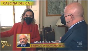 Discarica alla cascina Della Cà: il sindaco incalzato dai microfoni di Striscia, riesplode il caso