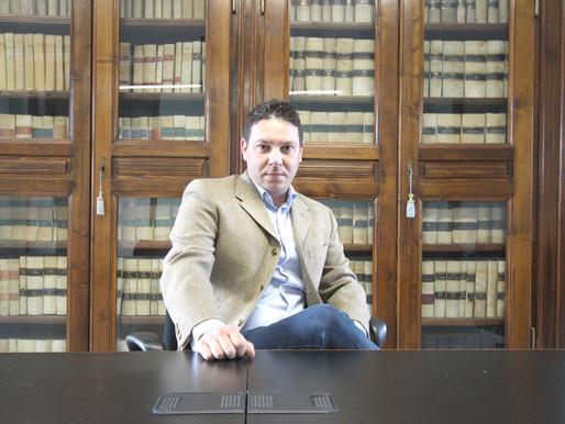 """""""Italia, stato di incoscienza"""": il libro firmato da Matteo Grossi tira le orecchie ai politici"""