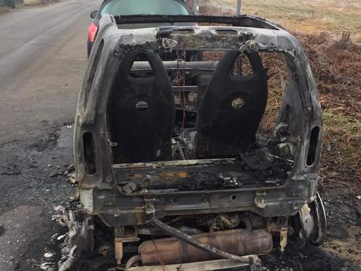 Tromello: bruciata l'auto dell'assessore