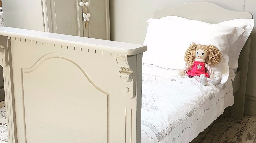 CHILD'S PALE GREY BED