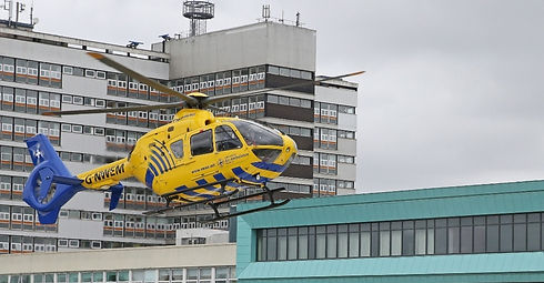 002_The_first_landing_on_Aintree_Hospital's_new_%25C2%25A31m_helipad_edited_edited.jpg