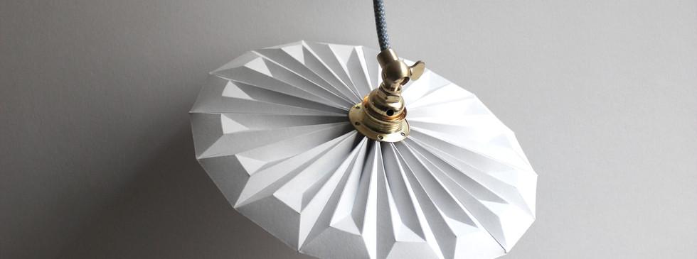 lampe origami baladeuse piléa.jpg
