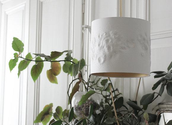 Luminaire en papier sculpté
