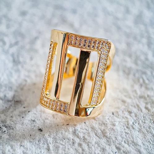 Anel Dourado Retangular