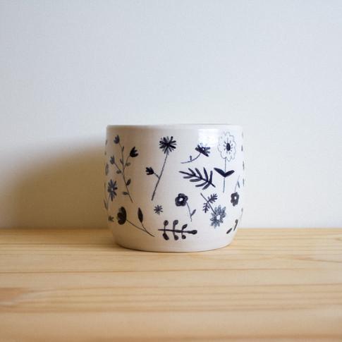 Black Floral Pot