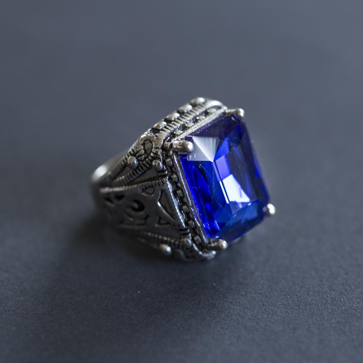 Mens Classic Vintage Princess Blue Sapph
