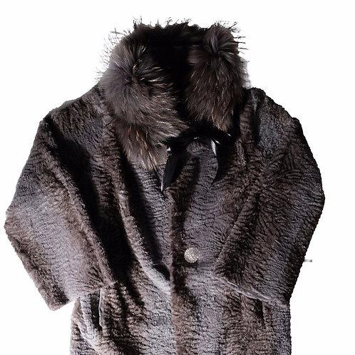 Graue Pelzjacke mit Pelzkragen von Furry