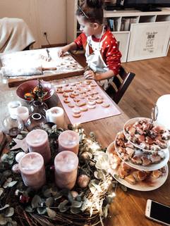 Weihnachtsbäckerei Post Wiehl