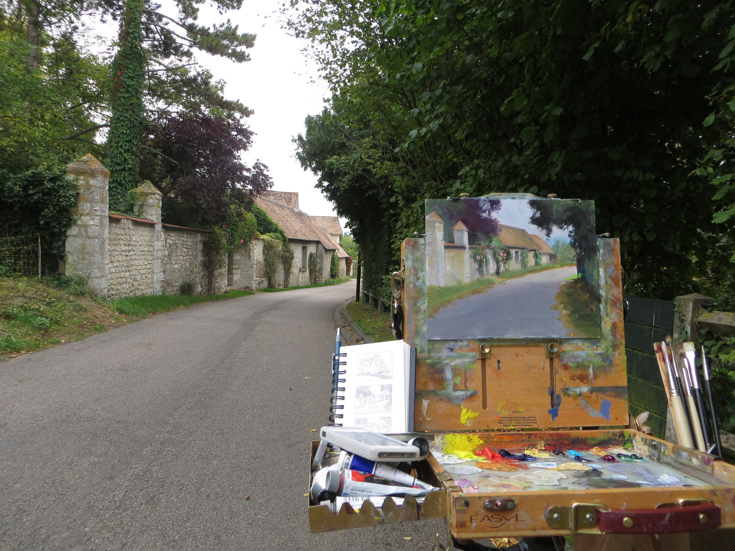Jan Jewell painting in Giverney, France
