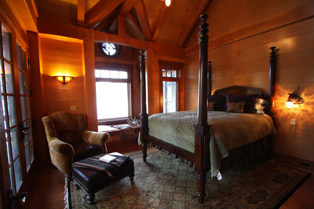 12-09-09 Master Bedroom 05.jpg