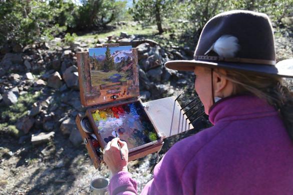 Jan Jewell painting at Tioga Pass