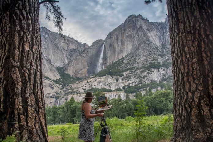 Jan Jewell painting at Yosemite.jpg