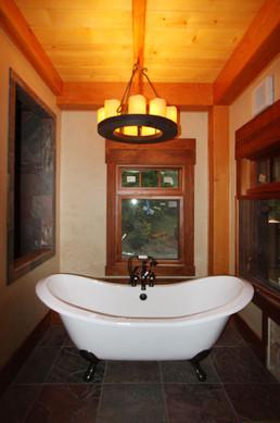 11-16-09 Master Bathtub.jpg