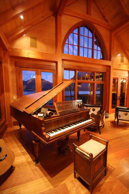 12-09-09 Living Room 1.jpg