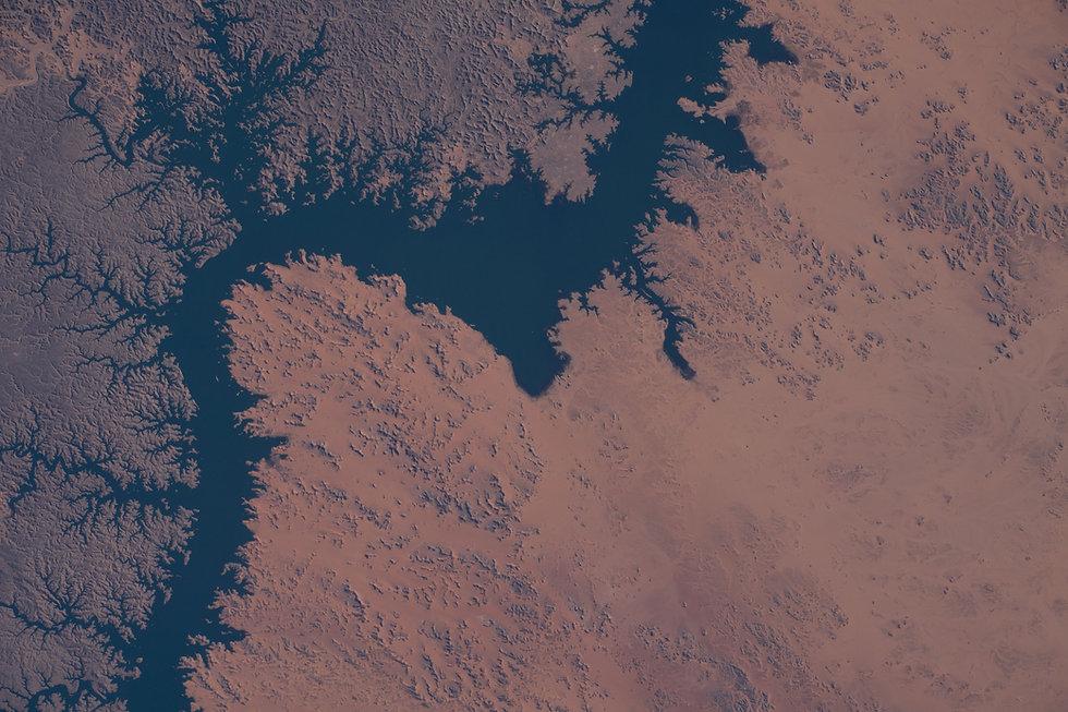 Lake Nasser.jpg