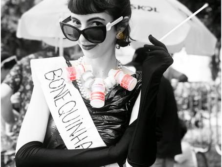 Bonequinha de Lixo do Luxo do Carnaval
