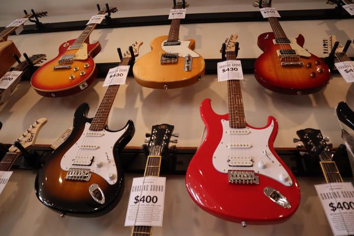 Eletric Guitars Chasing Sound Footscray