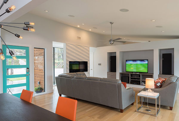 11_Living Room.jpg
