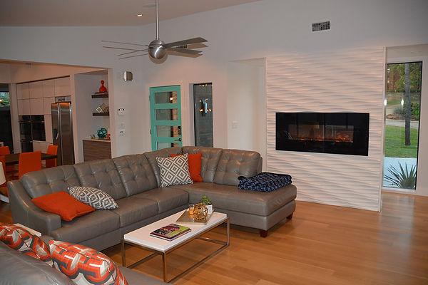 12_Living Room.JPG