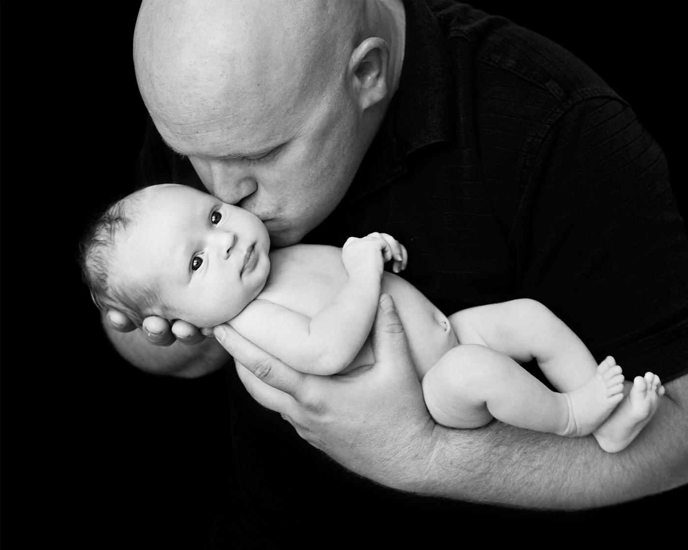 Baby - Daddy B&W 8x10