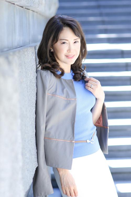石井 麻子