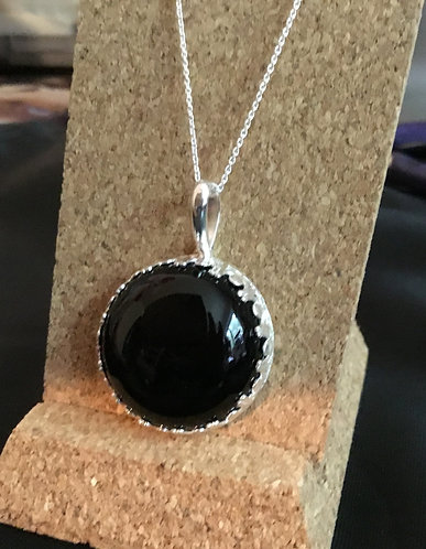 Large Round Onyx Gemstone with Fancy Sterling Silver Gallery Wire Necklace